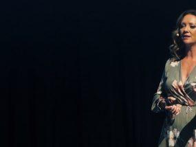 Amanda Stevens - The Post-Digital Retail Customer